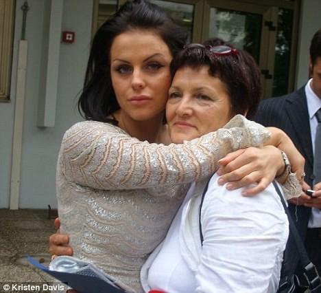 Ирма Найси с мамой