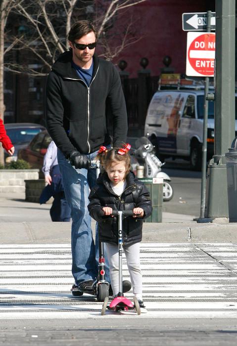 Хью Джекман с дочкой