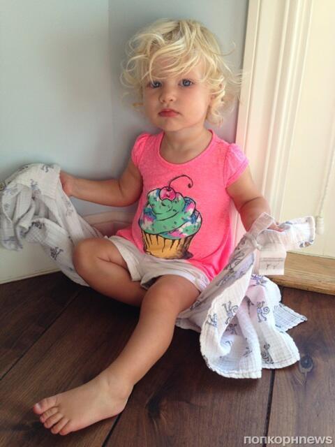 Джессика Симпсон показала фото дочки Максвелл