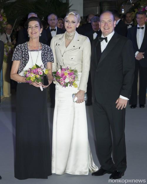 Принцесса Каролина,  Шарлотта Казираги и принц Альберт