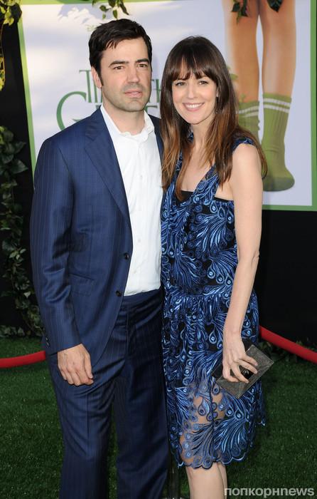 Рон Ливингстон с женой