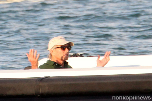 Майкл Дуглас отдыхает на Сардинии