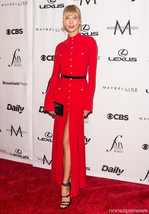 Карли Клосс на Неделе моды в Нью-Йорке