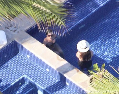 Дженнифер Энистон и Джастин Теру отдыхают в Лос-Кабос