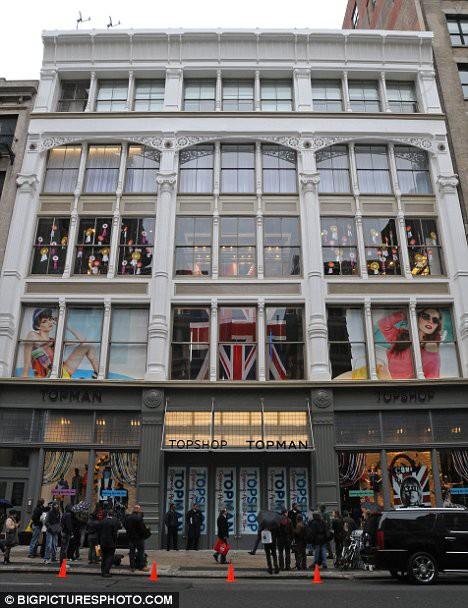 Магазин Topshop в Нью-Йорке