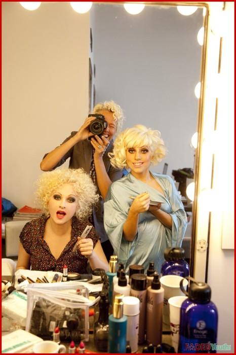 Lady GaGa и Синди Лопер