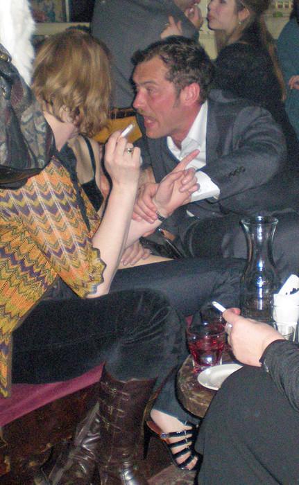 пьяный Джуд Лоу