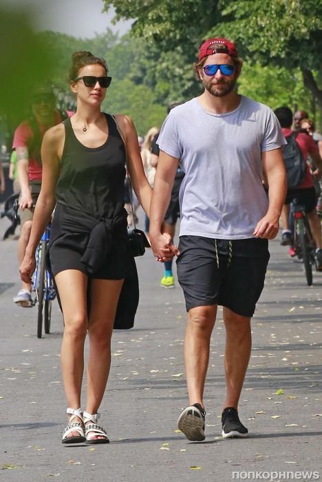 Брэдли Купер и Ирина Шейк гуляют в Нью-Йорке