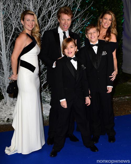 Джон Бон Джови с семьей