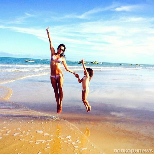 Пояс верности на пляже фото