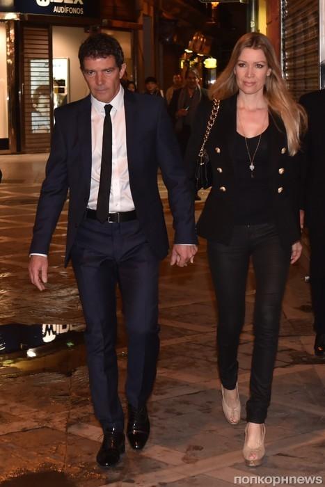 Антонио Бандерас и его девушка замечены в Малаге