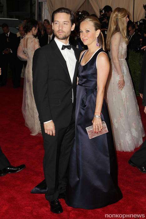 Тоби Магуайр с женой