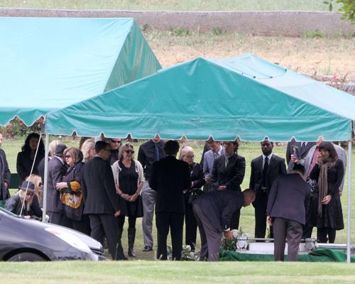 фото бриттани мерфи похороны