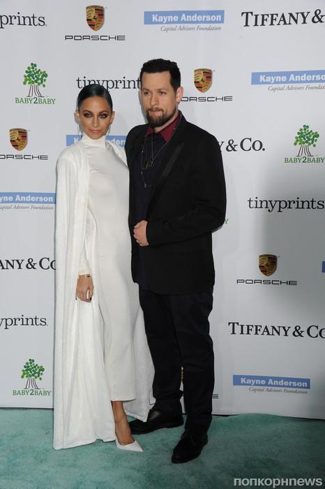Николь Ричи с мужем