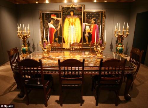 Вещи для аукциона Майкла Джексона