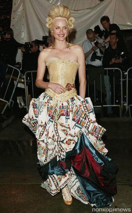 Эмбер Валлетта, 2004