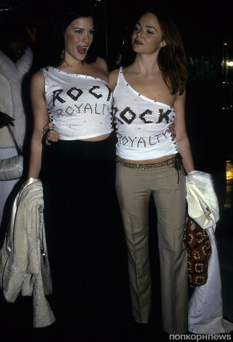 Лив Тайлер и Стелла Маккартни, 1999