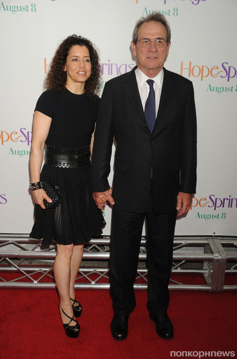 Томми Ли Джонс и его жена Доун