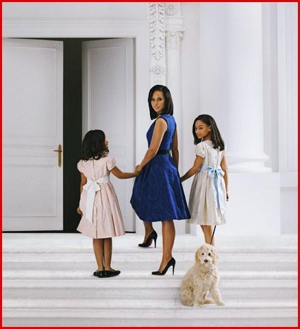 Алишия Кис в образе Мишель Обамы