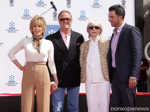 Джейн Фонда с семьей