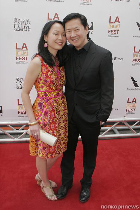 Кен Жонг с женой