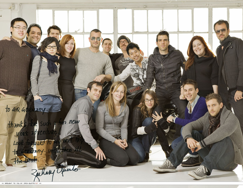 Закари Куинто со съемочной группой GQ Germany