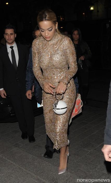 Рита Ора торопится на вечеринку в Париже