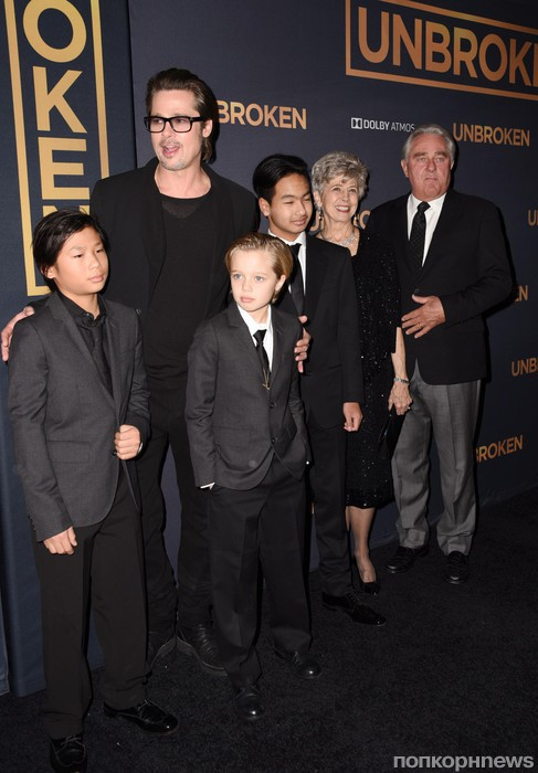 Брэд Питт с семьей