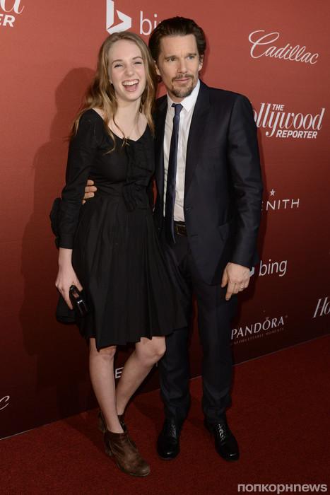 Итан Хоук с дочкой