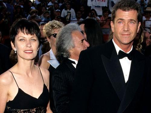 Мел Гибсон и его жена Робин Мур