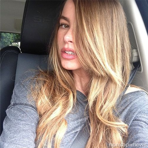 София Вергара стала блондинкой
