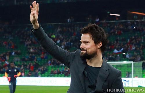 Данила Козловский дебютирует как режиссер с футбольной драмой «Тренер»