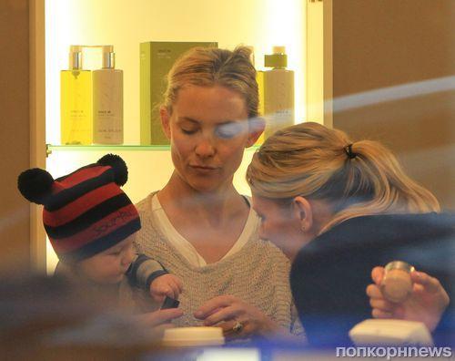 Кейт Хадсон с сыном в Лондоне