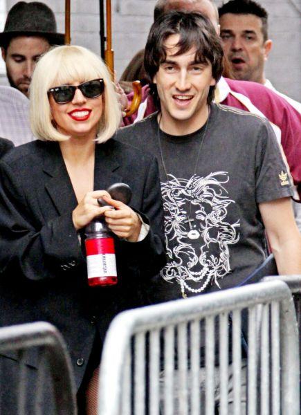 Lady Gaga бросили