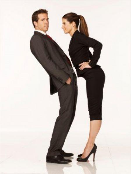 """Смешное видое: Сандра Буллок и Райан Рейнольдс """"Кто кого?"""""""