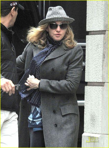 Мадонна в центре Каббалы в Нью-Йорке