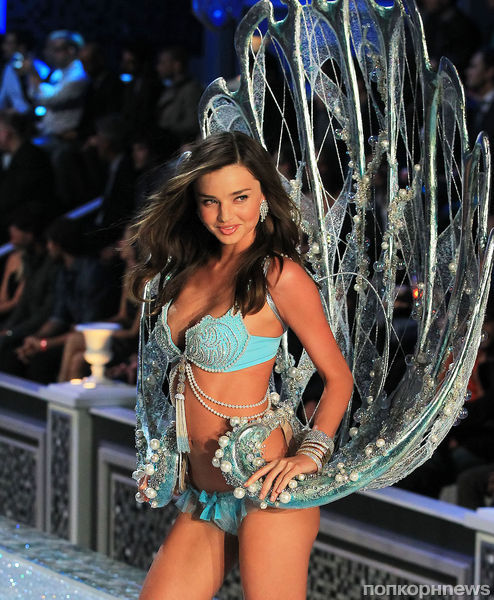 ����� ���������� � ������ Victoria�s Secret 2011
