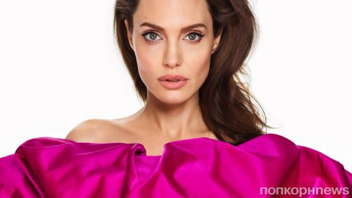 Анджелина Джоли снялась в фотосессии для мартовского Elle