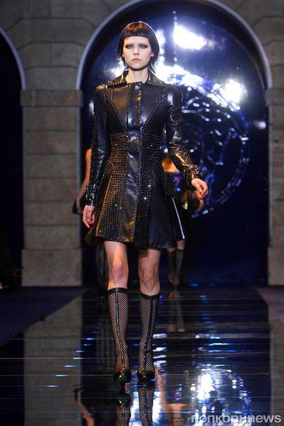 Модный показ Versace. Осень / зима 2012-2013