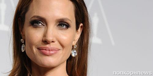 Анджелина Джоли стала профессором университета в Лондоне