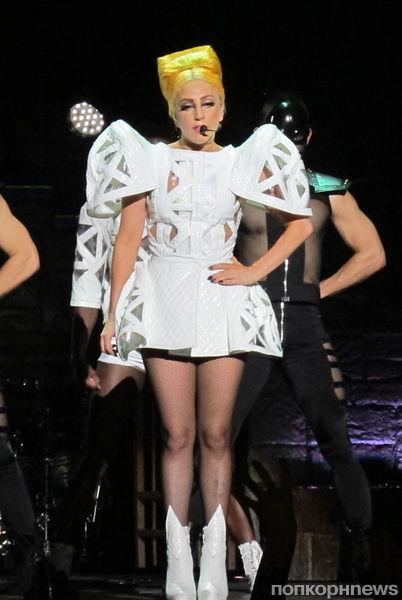 Lady GaGa представила флакон своего аромата