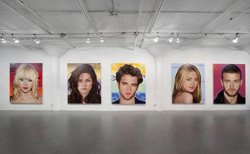 Портреты 10 звезд в самых лучших арт-галереях мира