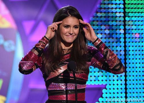 Нина Добрев попрощалась с фанатами «Дневников вампира» на Teen Choice Awards
