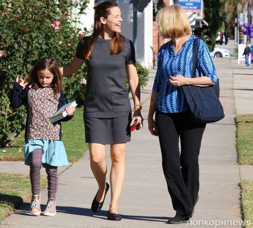 Дженнифер Гарнер продолжает общаться с бывшей свекровью