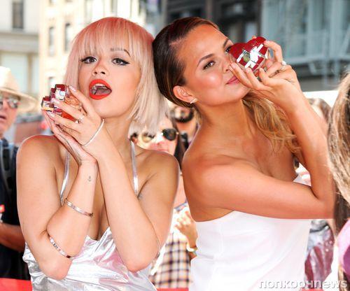 Рита Ора и Крисси Тейген представили аромат DKNY MYNY в Нью-Йорке