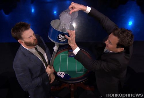 Видео: Крис Эванс принял ледяной душ на шоу Джимми Фэллона