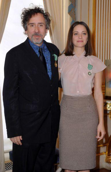 Марион Котийяр и Тим Бертон были награждены орденами искусств и литературы