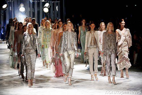 Модный показ новой коллекции Roberto Cavalli. Весна / лето 2014