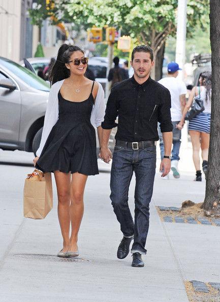 Шайя ЛаБеф и Кэролин Фо в Нью-Йорке