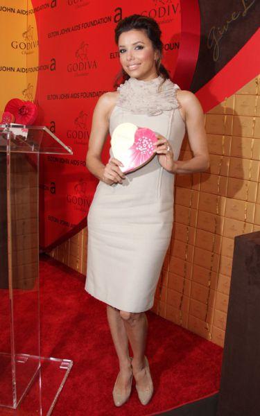 Ева Лонгория на пресс-конференции, посвященной шоколаду марки GODIVA